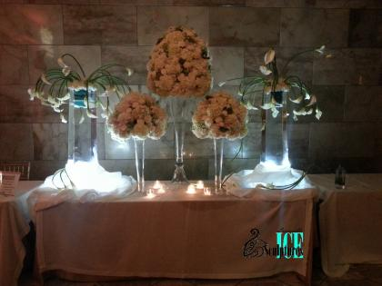 Louisville Ice Sculptures created these vibrant vases for a gala at the The Gillespie that were a total  hit!! Price $495 (flowers not included)